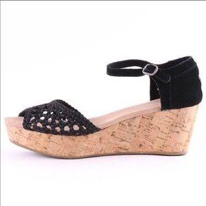 TOMS Cork Suede Black Sandals